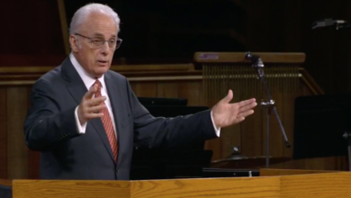 Photo of John MacArthur addresses critics, says church is not 'spreading anything but the Gospel'