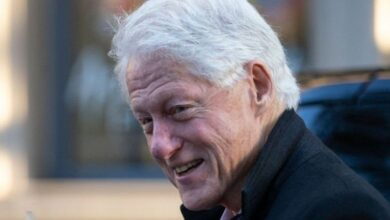 Photo of Bill Clinton: Former US president in hospital for 'non-Covid infection'